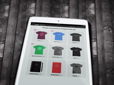 iPad Screen Mock-up (Close-up) PSD
